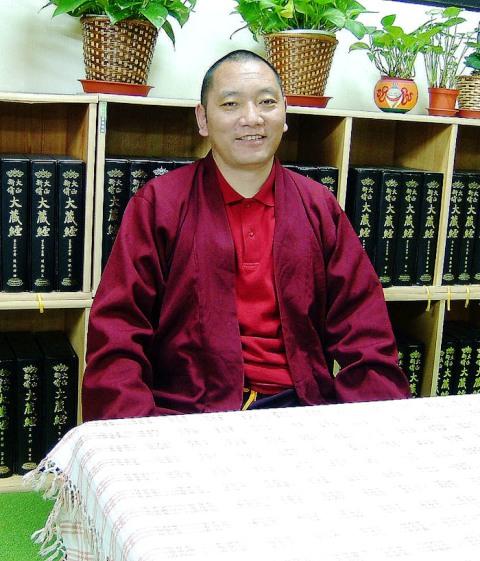 尊貴圓旦仁波切-----寧瑪巴大伏藏師吉美林巴尊者第四世轉世