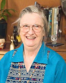 諾貝爾經濟學獎-歐斯壯Elinor Ostrom--人具利他心、善心、互信,並能自我節制