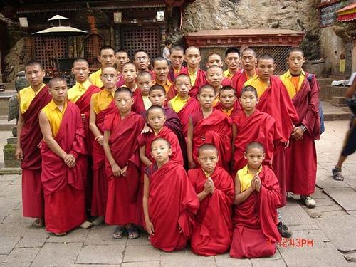 護持小喇嘛教育,需要發心與護持!
