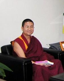 給燈仁波切-藏傳佛教淨土法門實修